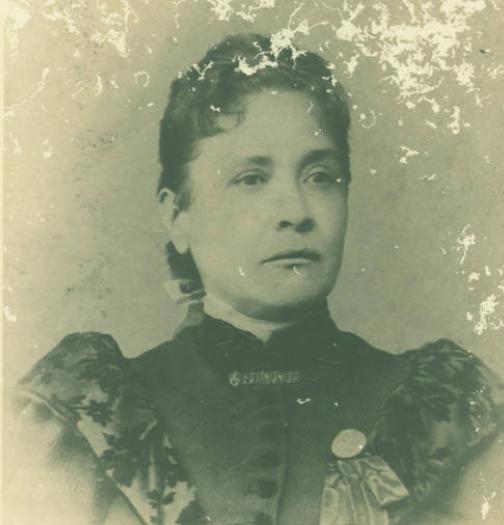Chiquinha Gonzaga aos 47 anos, em 1984 (Acervo Instituto Moreira Salles/Coleção Edinha Diniz/Ciquinha Gonzaga)