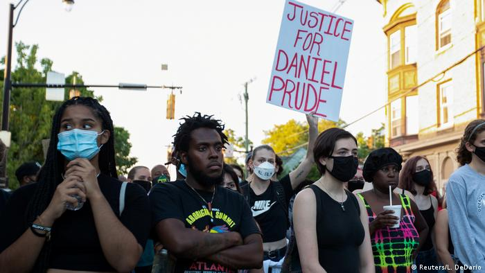 """""""Justiça para Daniel Prude"""": protesto em Rochester em setembro de 2020 (Foto: Reuters/ L. DeDario)"""
