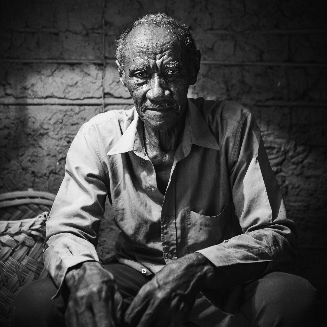 Imagem 1 – Tear e poesia do fotógrafo Fernando Solidade