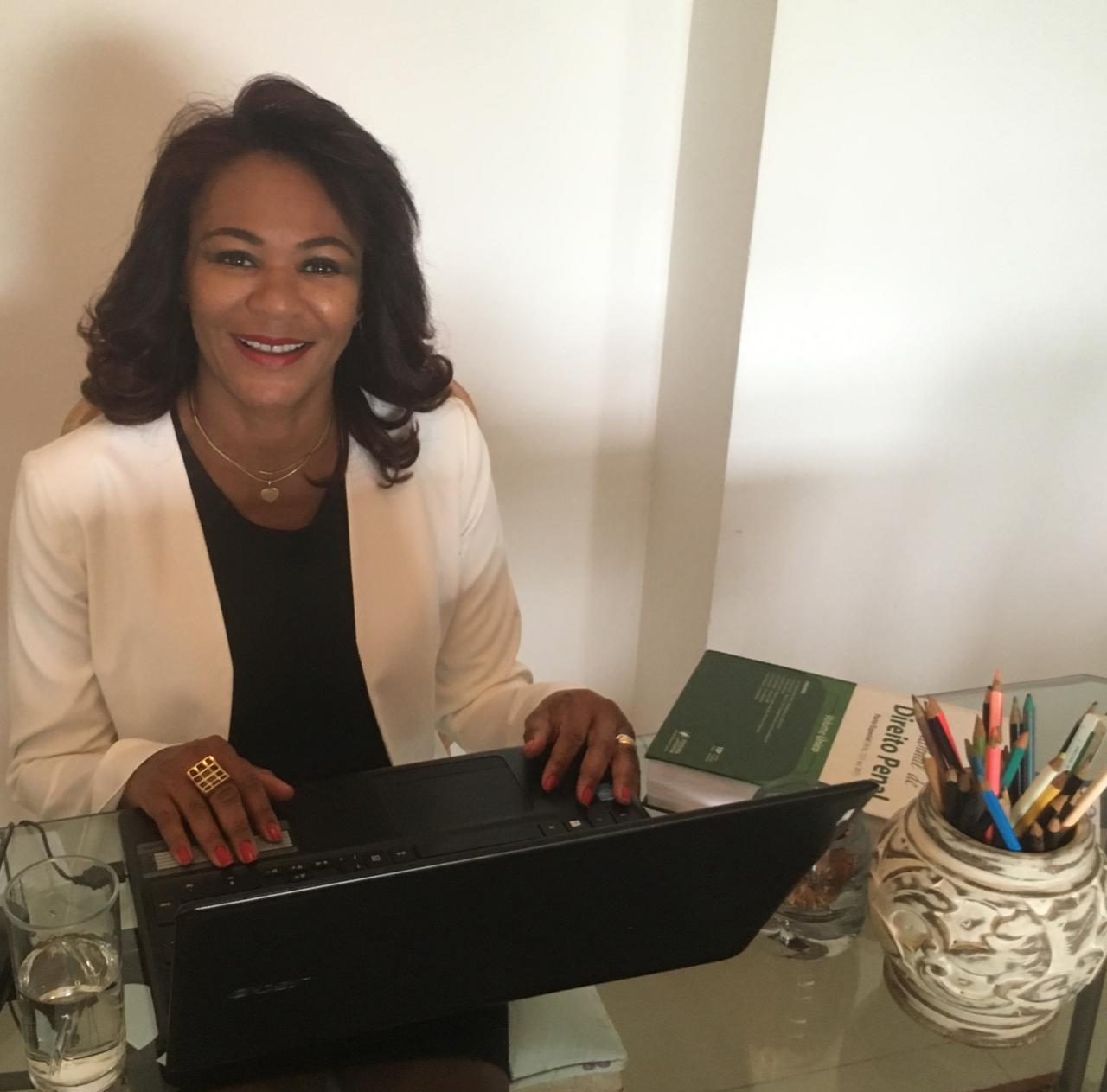 Lucia Helena Silva Barros de Oliveira (Foto: Arquivo Pessoal)