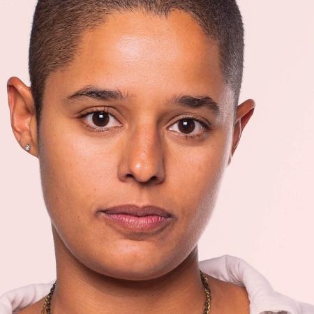 A advogada Luanda Pires é porta-voz da Associação Brasileira de Mulheres Lésbicas, Bissexuais, Transexuais e Intersexo  (Foto: Imagem retirada do site Universa)