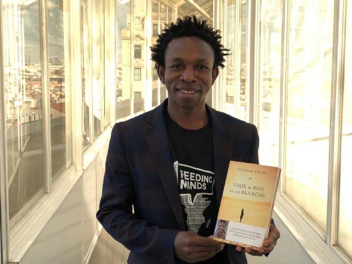 O escritor Ousman Umar - Foto: Cadena Ser