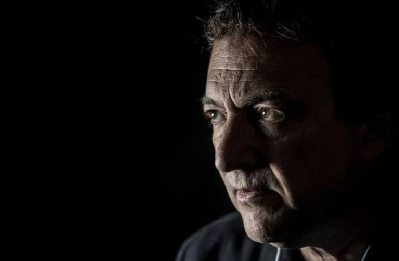 O escritor Misha Glenny. (Foto: FERNADO CAVALCANTI)