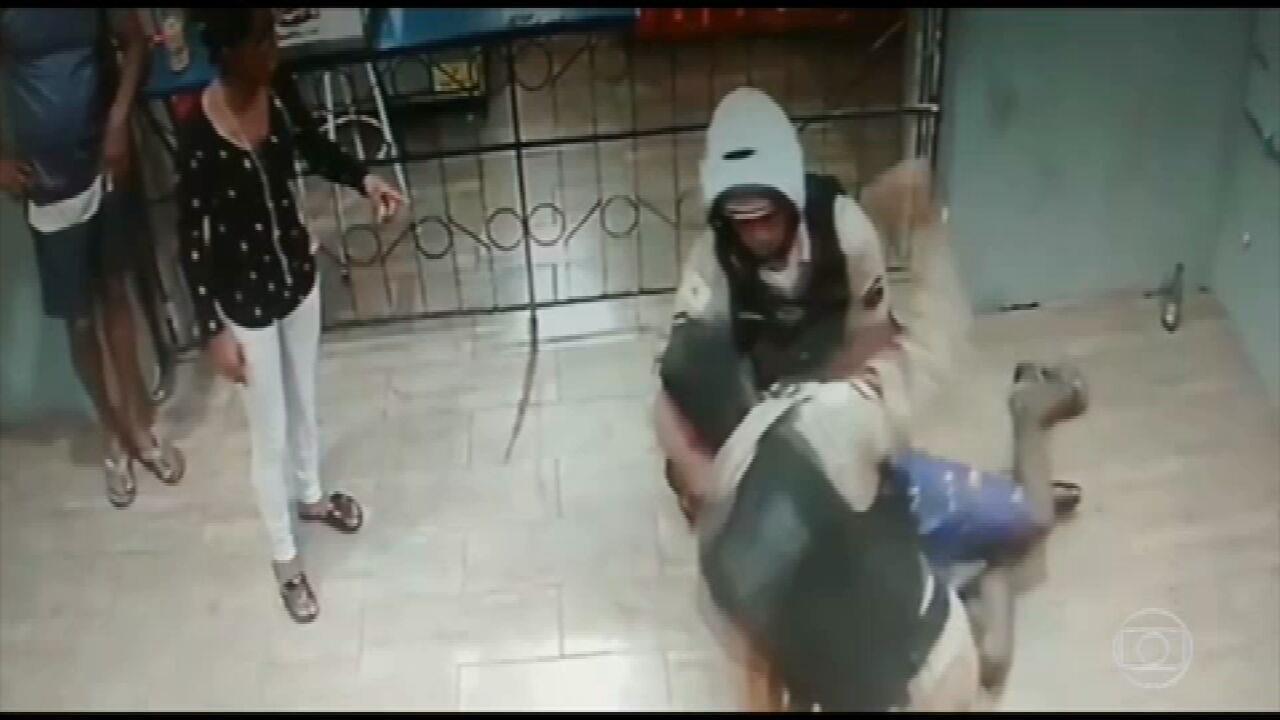 PM investiga a abordagem de militares a homem negro no interior de MG (Reprodução/TV Globo)