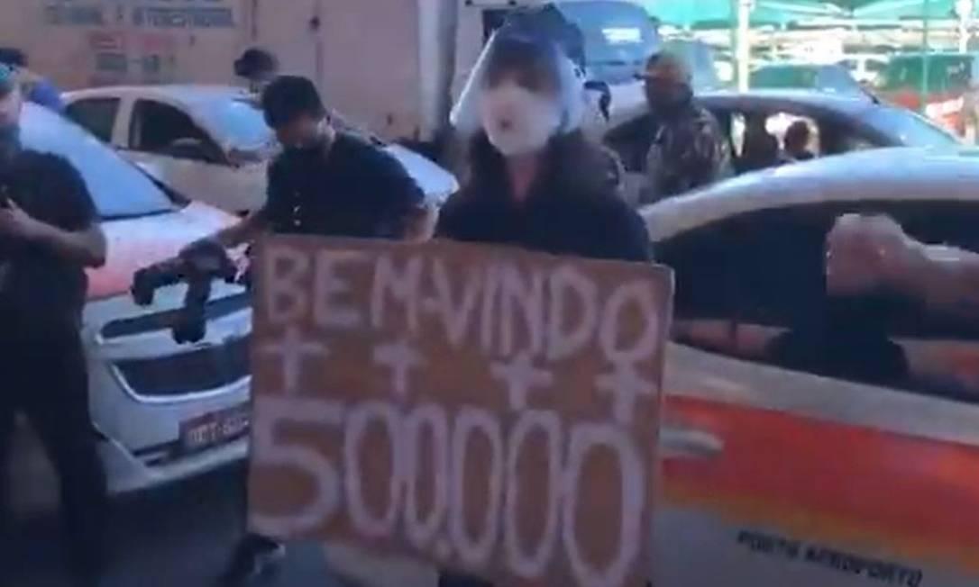 """""""Sentimento de impotência"""" foi o que motivou ida de Maria Clara ao Aeroporto de Vitória  (Foto: Imagem retirada do site O Globo)"""