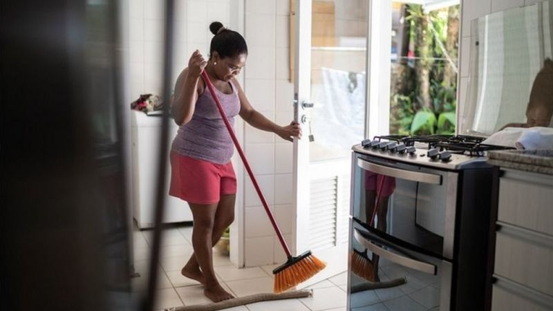 Brasil é o segundo maior empregador doméstico do mundo, atrás da China, e o maior das Américas (Getty Images)