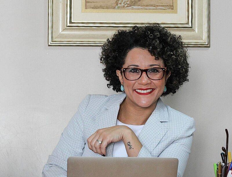 Se for nomeada para o STF, Mendes se tornará a primeira mulher negra a ocupar a Corte - Reprodução/Facebook